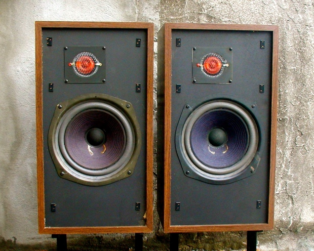190776-the_new_advent_loudspeaker