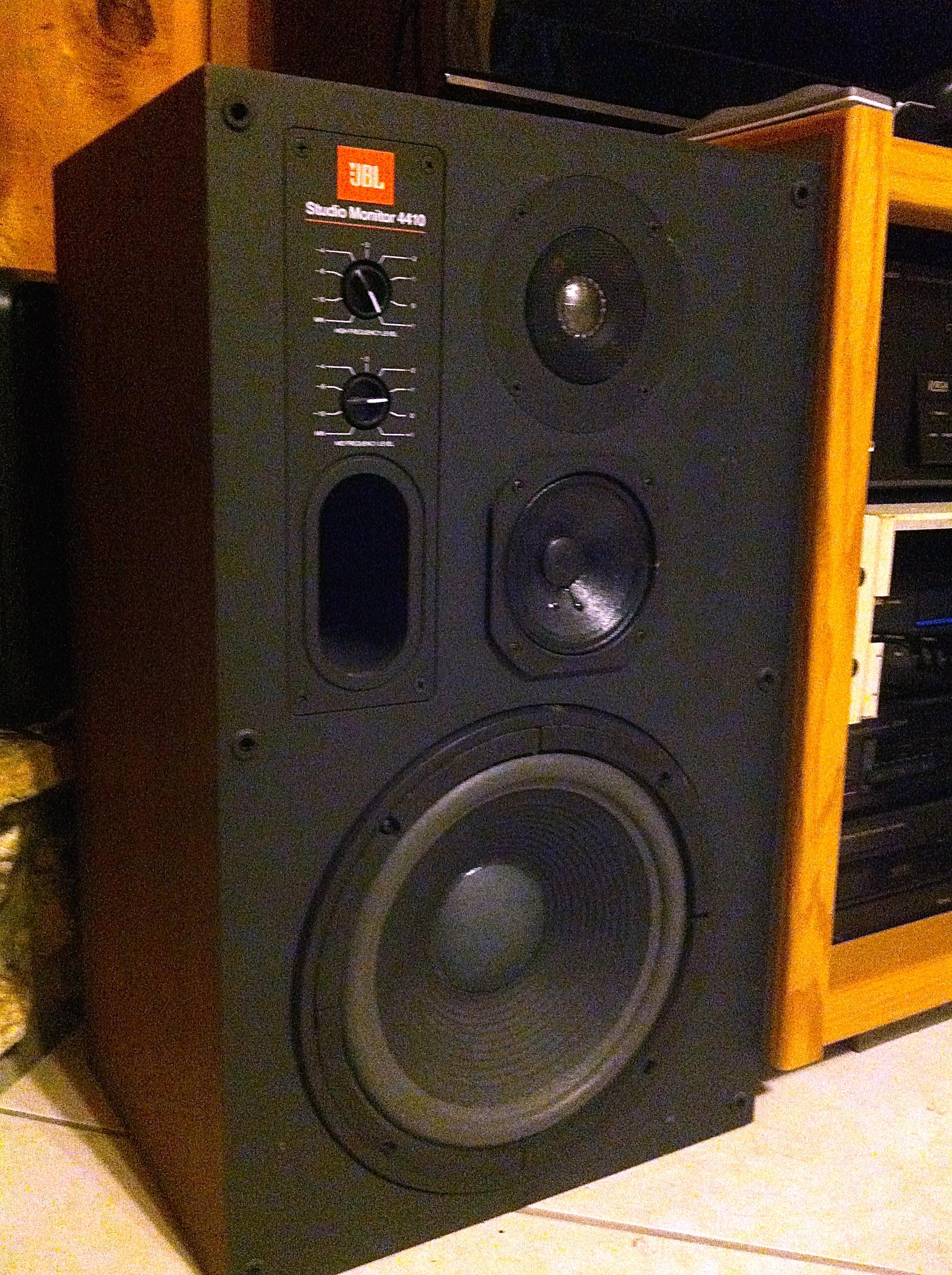 JBL | Revolution Sounds